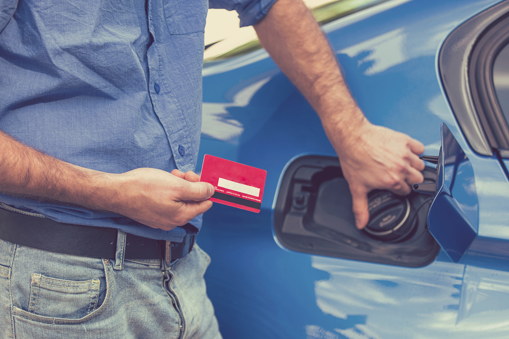 Pay Through Fuel Credit Cards and Save On Bills