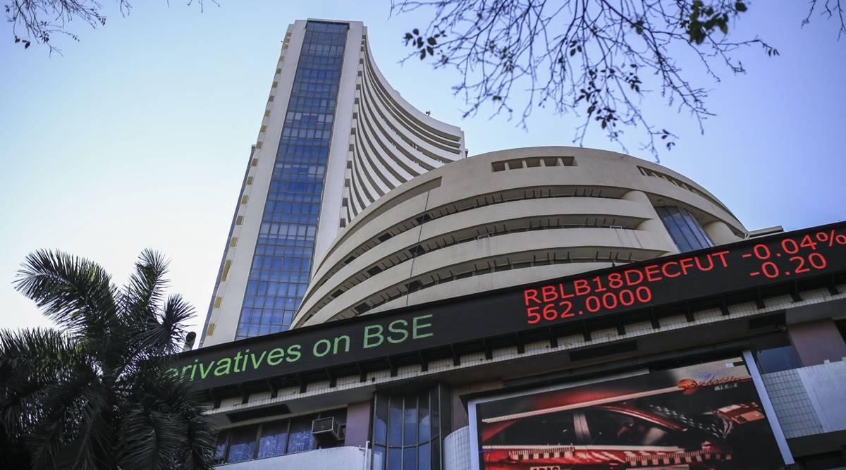 Sensex Sets Off 500 Pts Up On FII Buying Binge