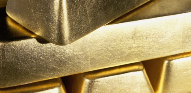 Should I invest in gold ETF or a gold fund?