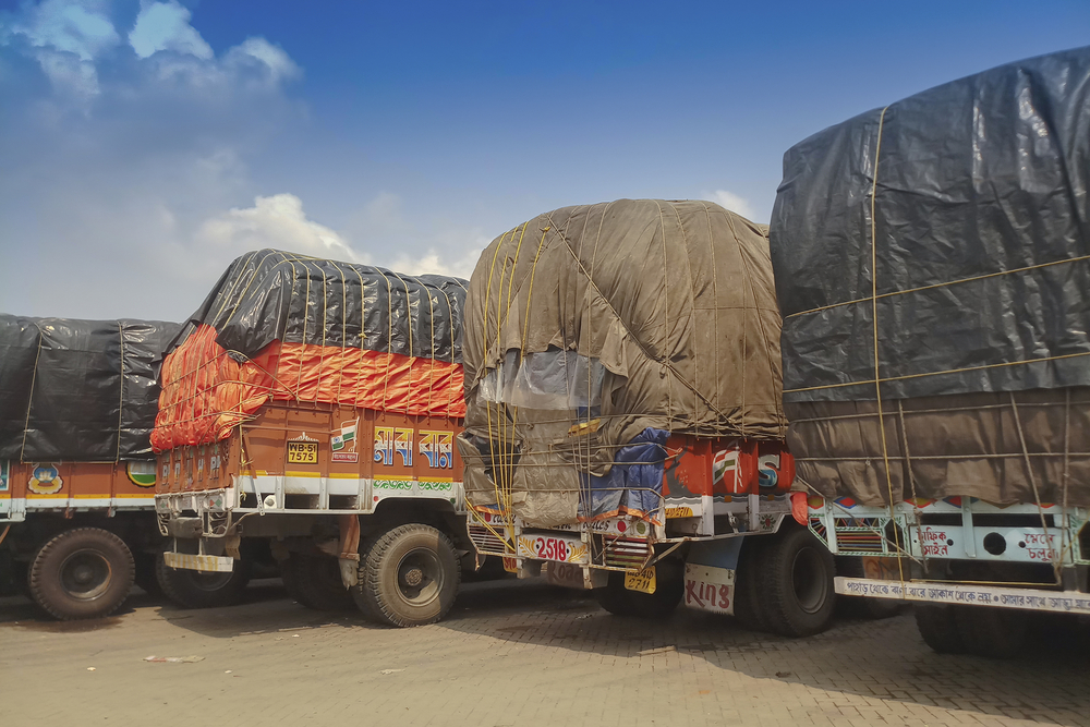 Covid Restrictions Cost Truckers Rs 1,000-Cr Loss a Day