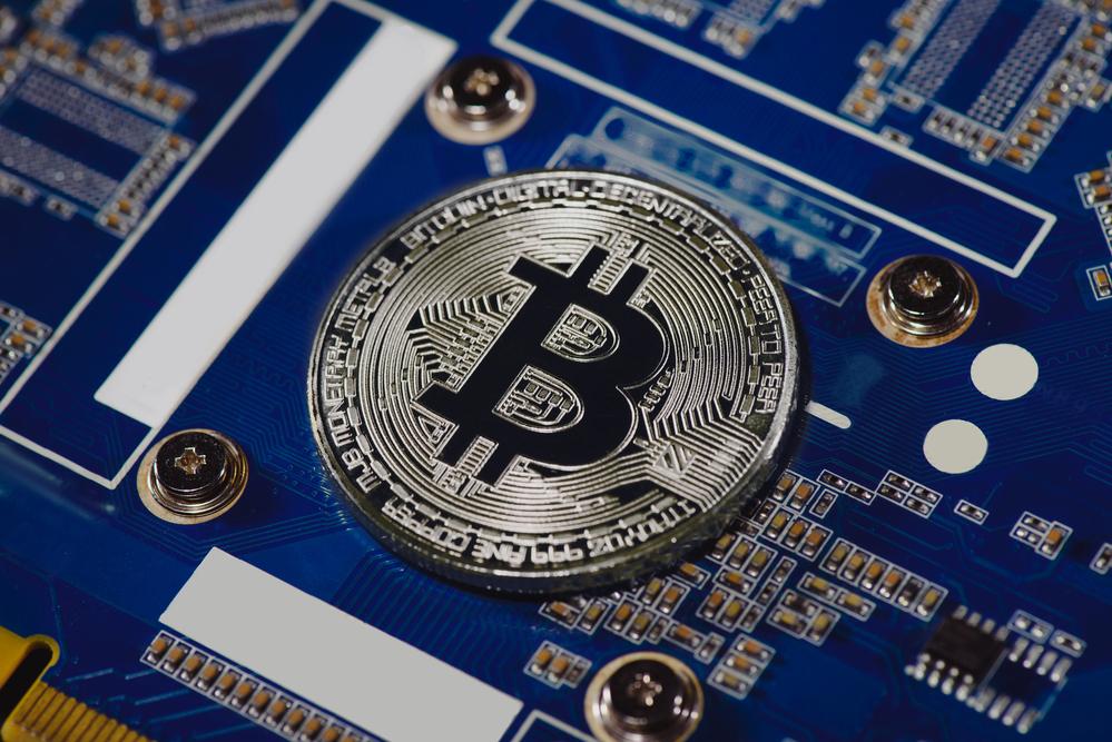 Crypto Market Loses 1.7%; Bitcoin Slumps Further