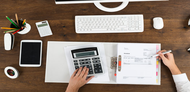 How is the premium calculated for professional Indemnity policy?