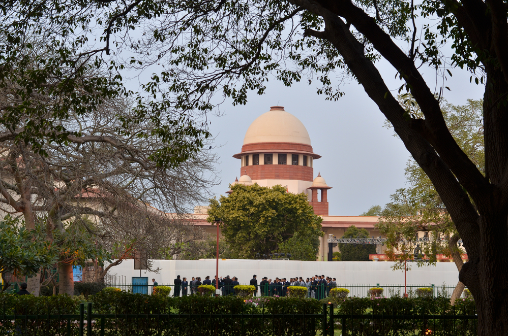 RBI's 'Previous' Permission Before Foreign National Transacting In Real Estate Mandatory: SC