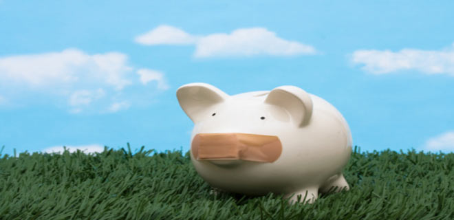 Do I need to pay penalty for premature withdrawal from fixed deposits?