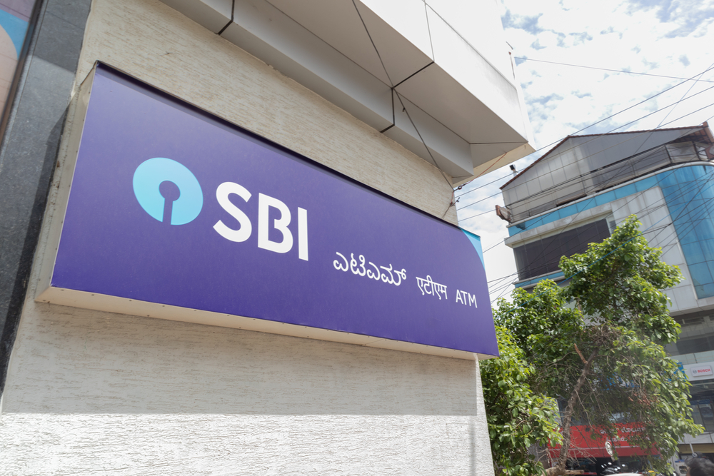 SBI Slashes Interest Rates On  Deposits For Third Time In 2020