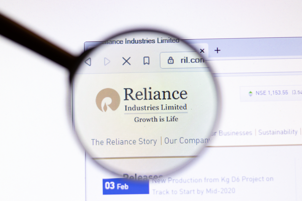 TCS, RIL Top Gainers; 10 Firms Add To Rs 1.37 Lakh Cr In M-Cap