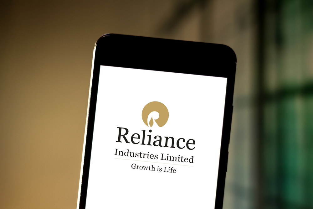 Reliance Industries Shares Decline 5%