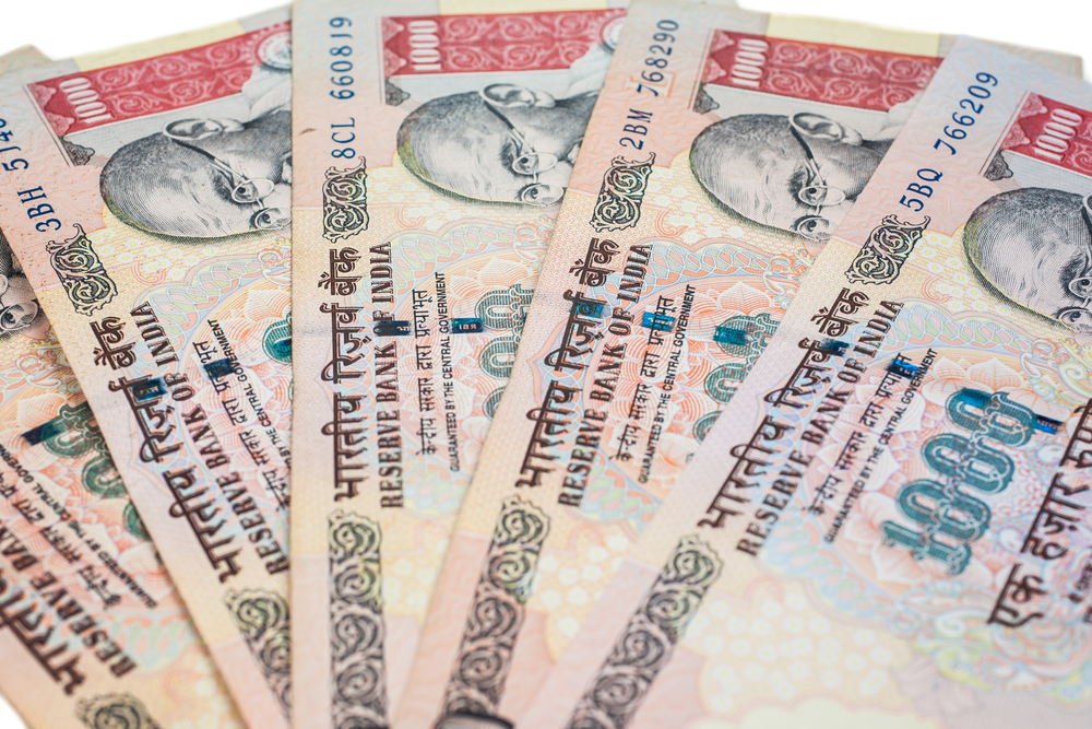 FPIs Pull Out Rs 900 Cr As Border Tensions Hit Market Sentiment