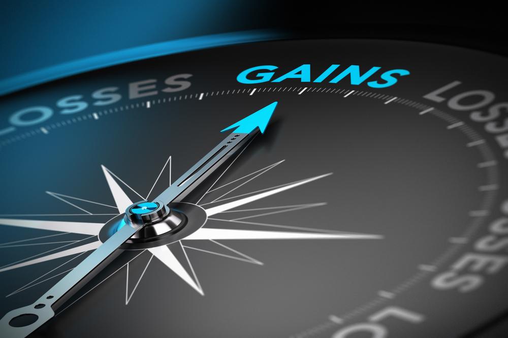 Sensex Snaps 3-Day Winning Streak; M&M Soars 6%