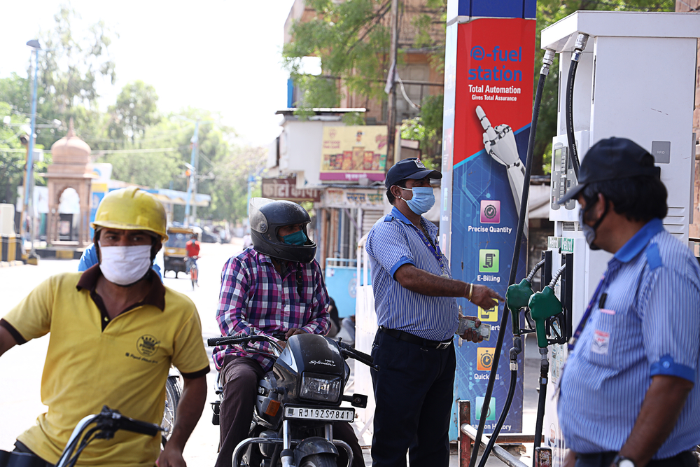 Fuel Prices Unchanged for 13th Consecutive Day