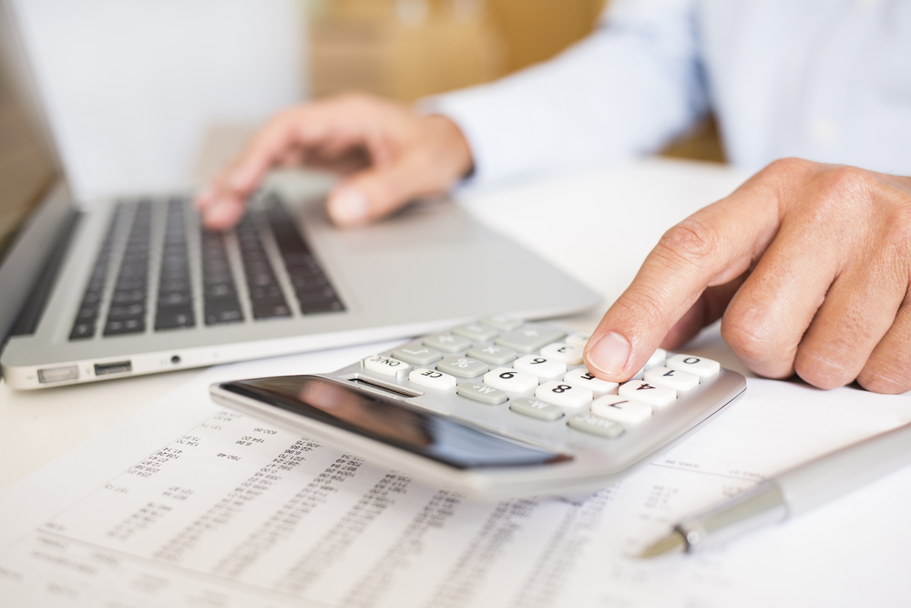 Two Common Financial Calculators You Could Use