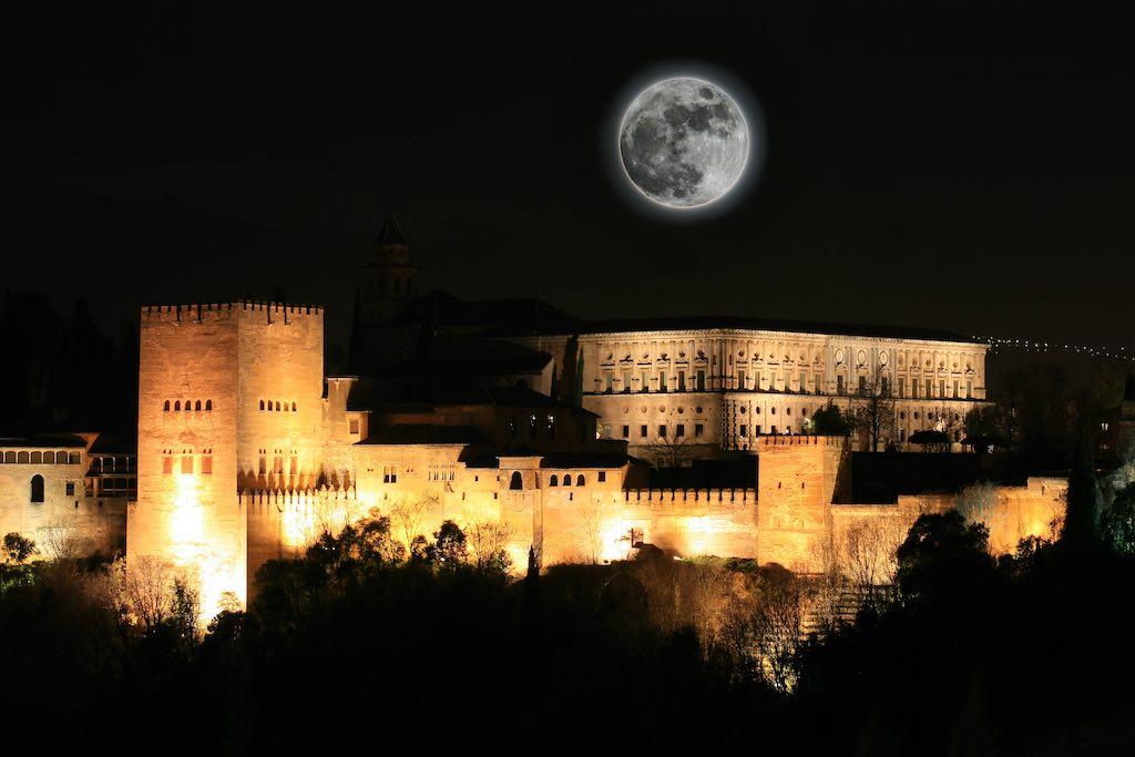 Moonlight Night Alhambra de Granada
