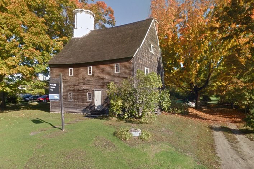 Photos: Google Maps street view of the Old Arnold Estate ...