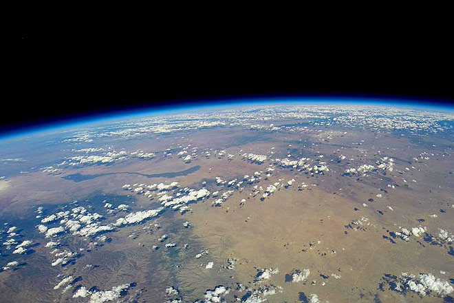Photos: 290216170245-earth-curvature-wv - Outlook Traveller