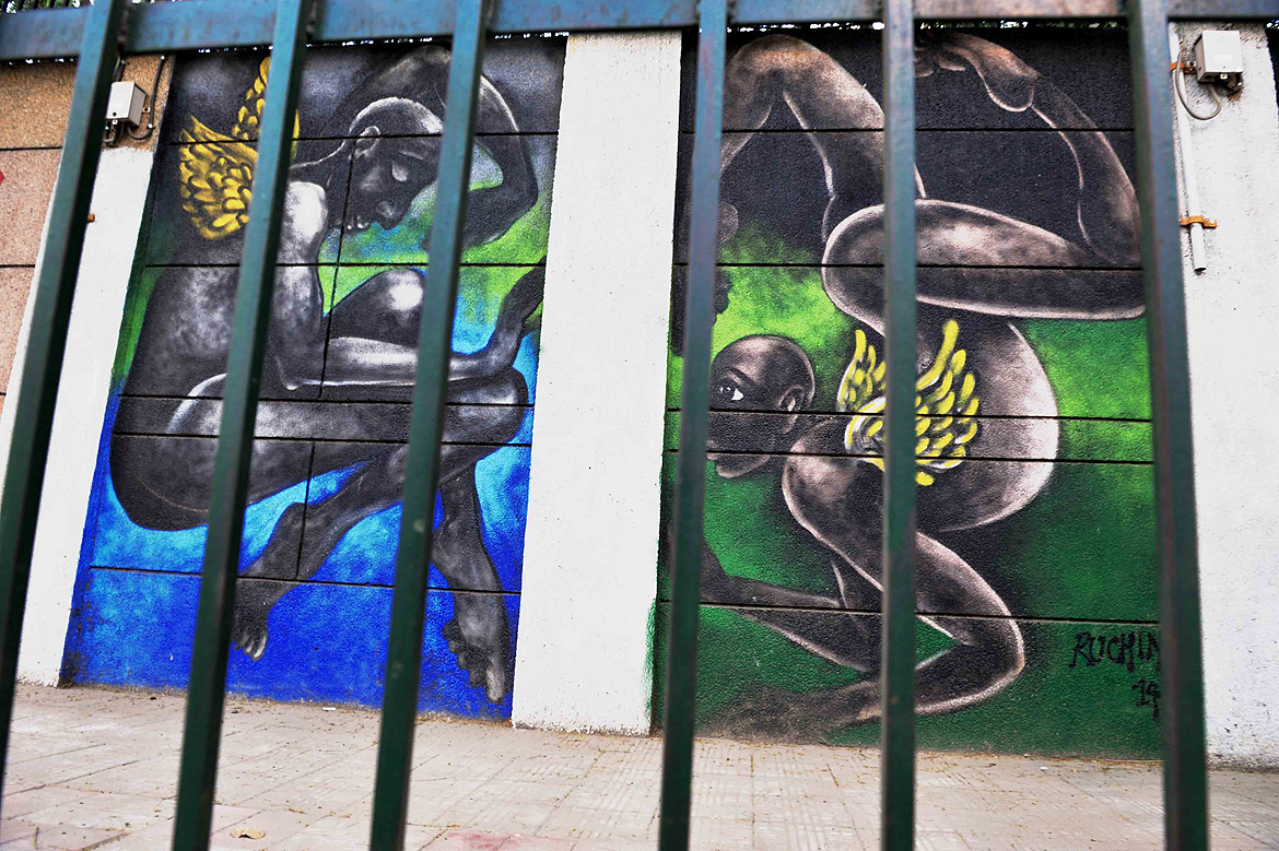 Artwork by artist Ruchin outside Tihar Jail