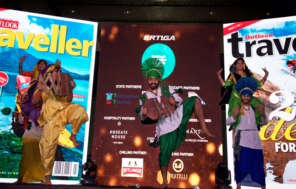 A Bhangra troupe sets the stage ablaze
