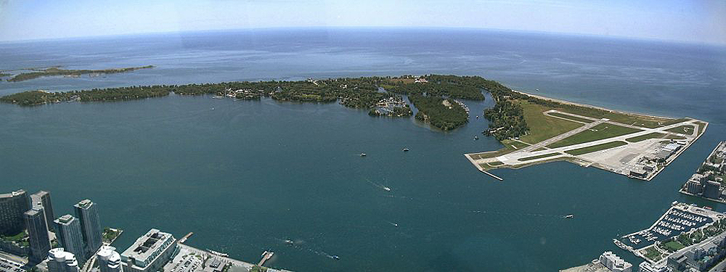 An aerial view of Toronto Islands