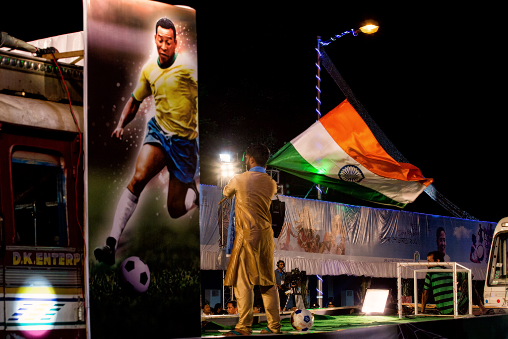 Every pandal had an element of the on-going Fifa u17 World Cup. Some had youngsters performing tricks with a football while others had posters and banners