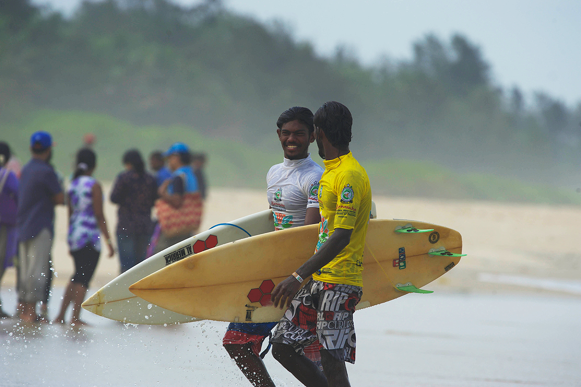 Everyones in a good mood at the Indian Open of Surfing
