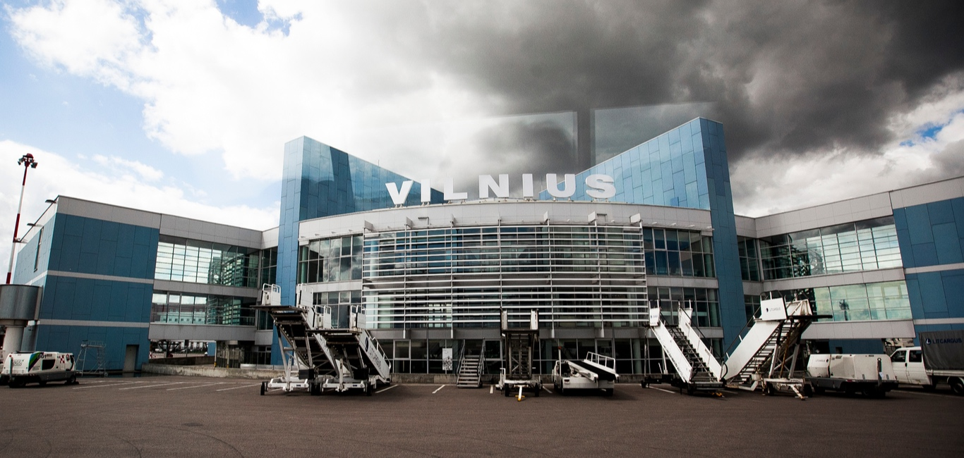 Lithuania S Vilnius International Airport Temporarily Converted Into A Drive In Theatre Outlook Traveller