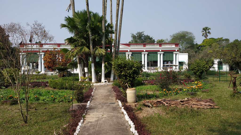 Front view of the French style building at Balakhana Maheshganj