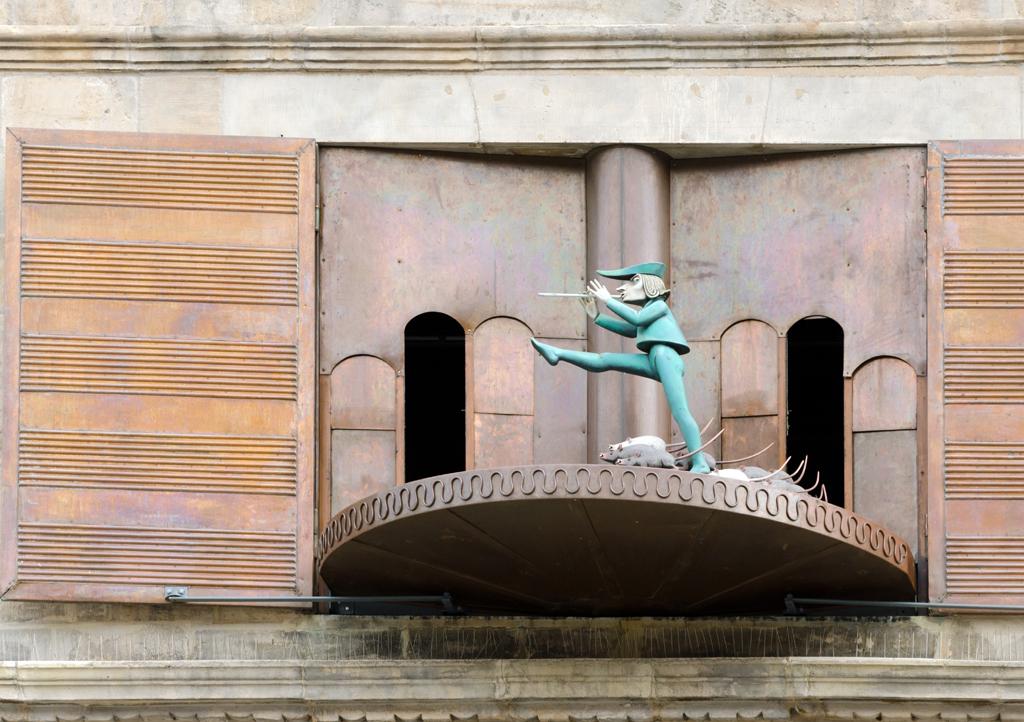 Pied Piper carillon in Hamelin, Germany