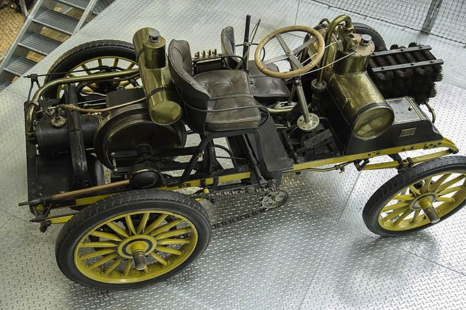 An 1898 model car at the Public Transport Museum