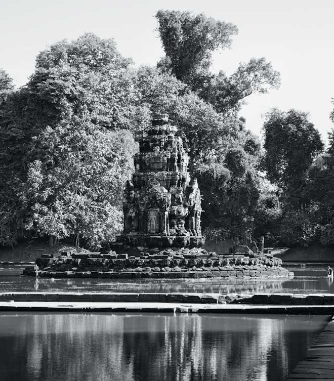 Other gems: The artificial island of Neak Pean and the Buddhist temple nestled upon it