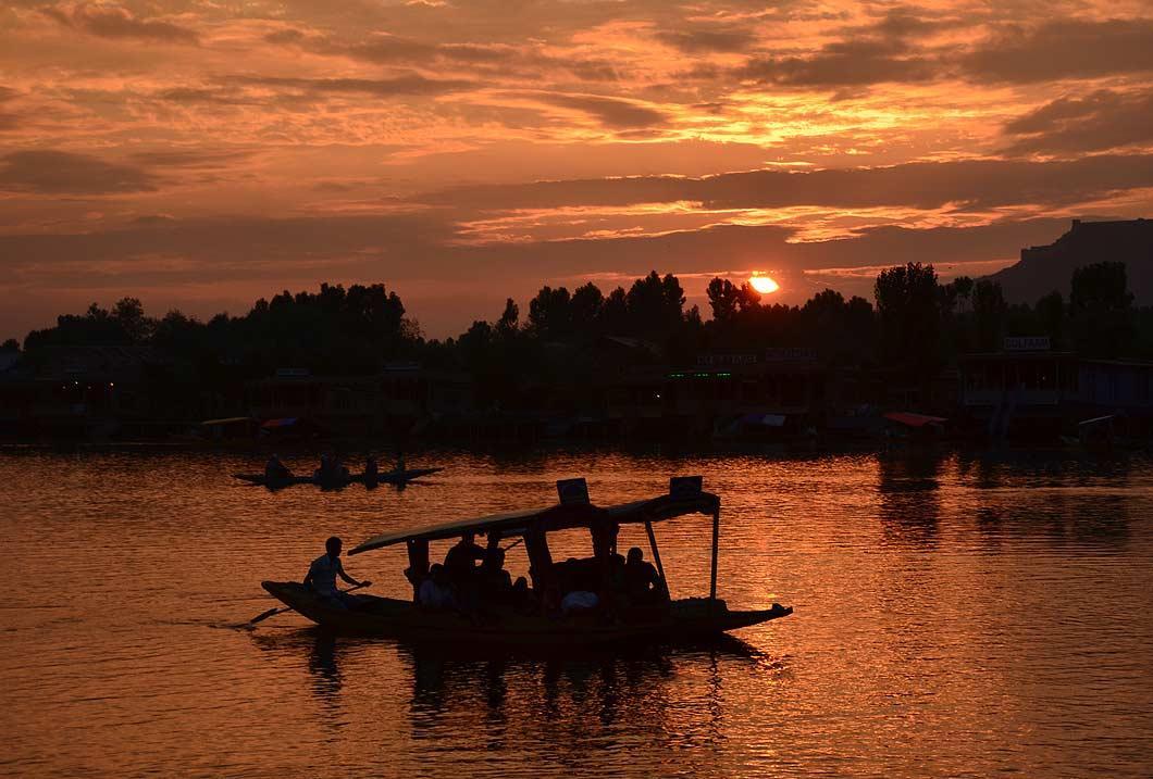 Sunset serenity on Dal Lake in Srinagar, the summer capital of Jammu & Kashmir