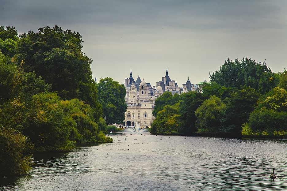 The parks of central London are among its most beautiful features, full of flowers and lakes.
