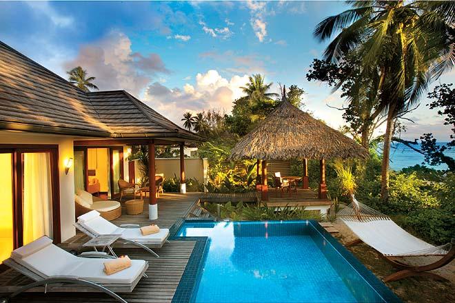 A luxurious hut at the Hilton Labriz Resort & Spa