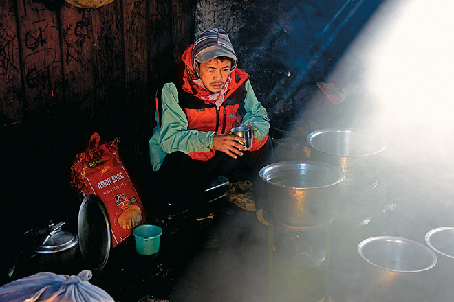 Phurba, our indomitable kitchen helper, reflects on the food at the Yabuk Camp