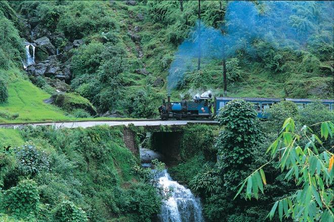 By steam train to Darjeeling