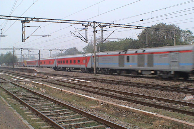 The New Delhi-Mumbai Rajdhani Express