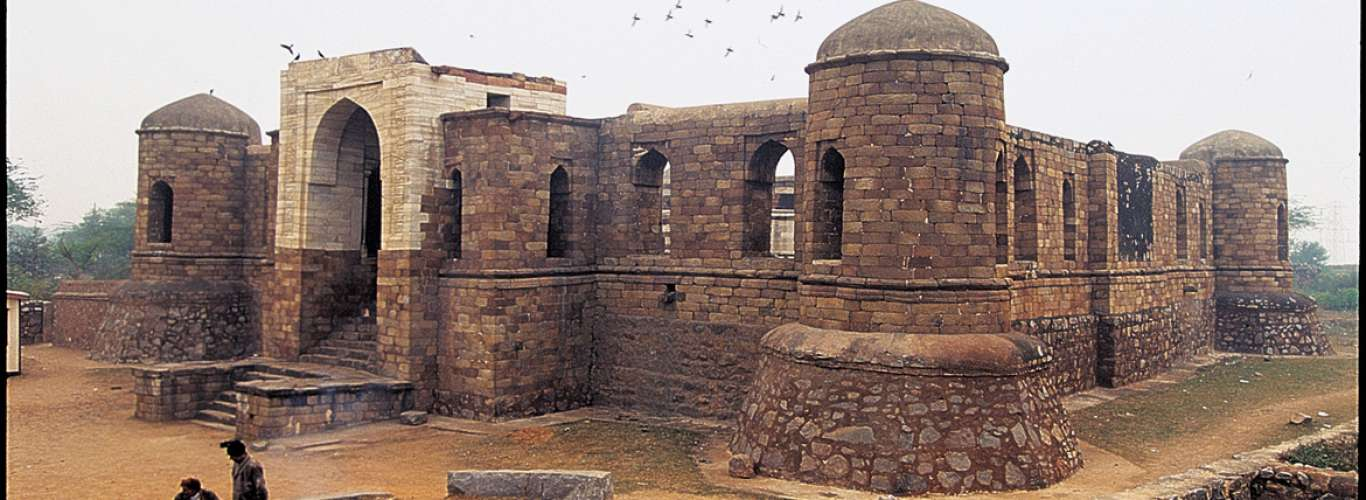 Delhi: 5 Monuments You Didn't Know of