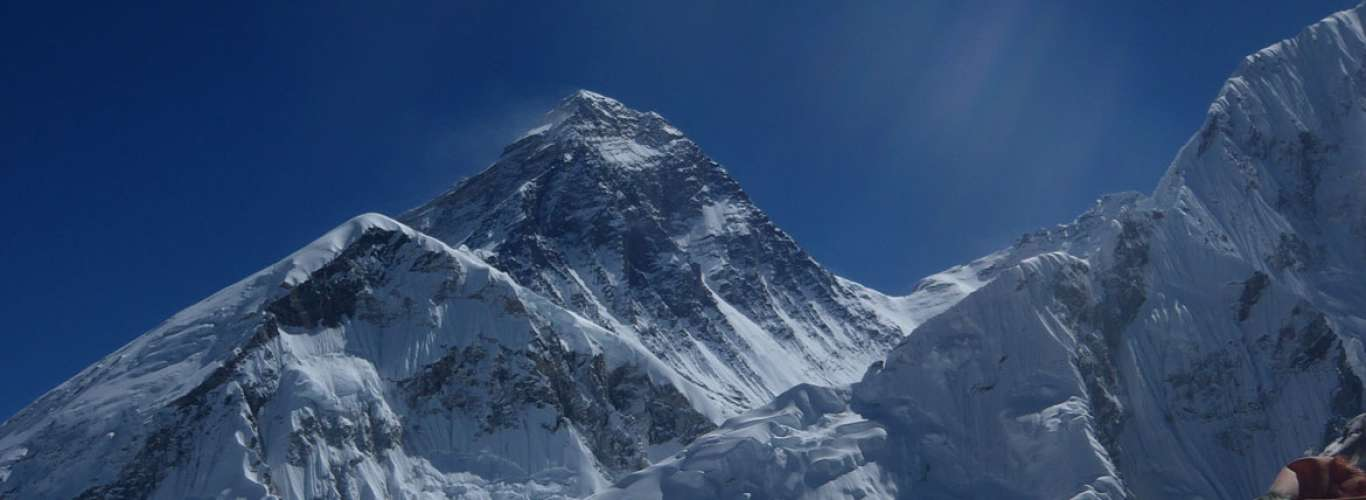 Everest: The Hillary Step Collapses