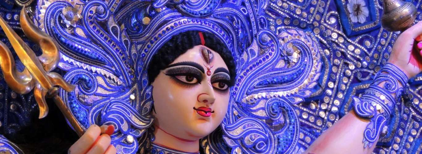 5 Reasons Why You Must Visit Kolkata For Durga Puja