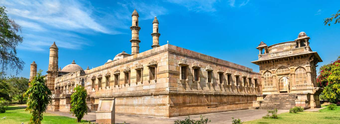 Revisit India's Past At The Champaner-Pavagadh Archaeological Park