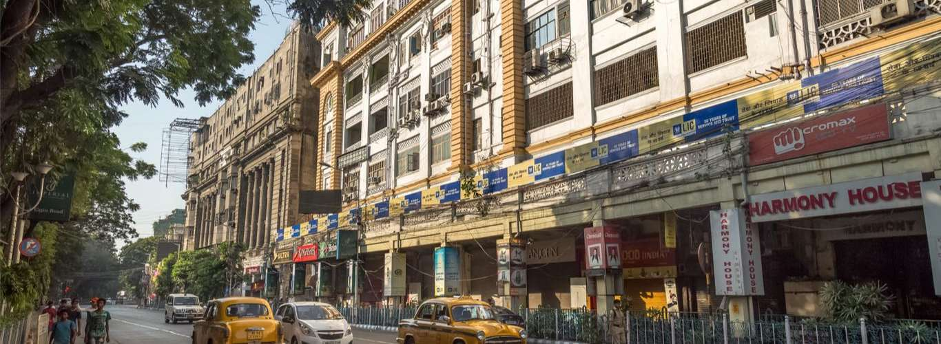 7 Offbeat Things To Do in Kolkata's Iconic Park Street