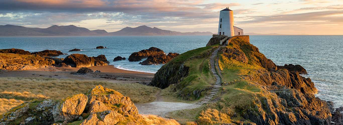 3 Day Trips From Cardiff You Must Go On!