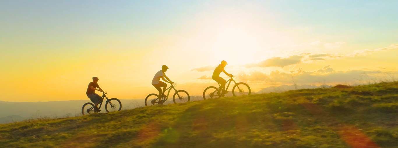 The Cycle of Sustainability: A Cross-Country Experience in Slovenia