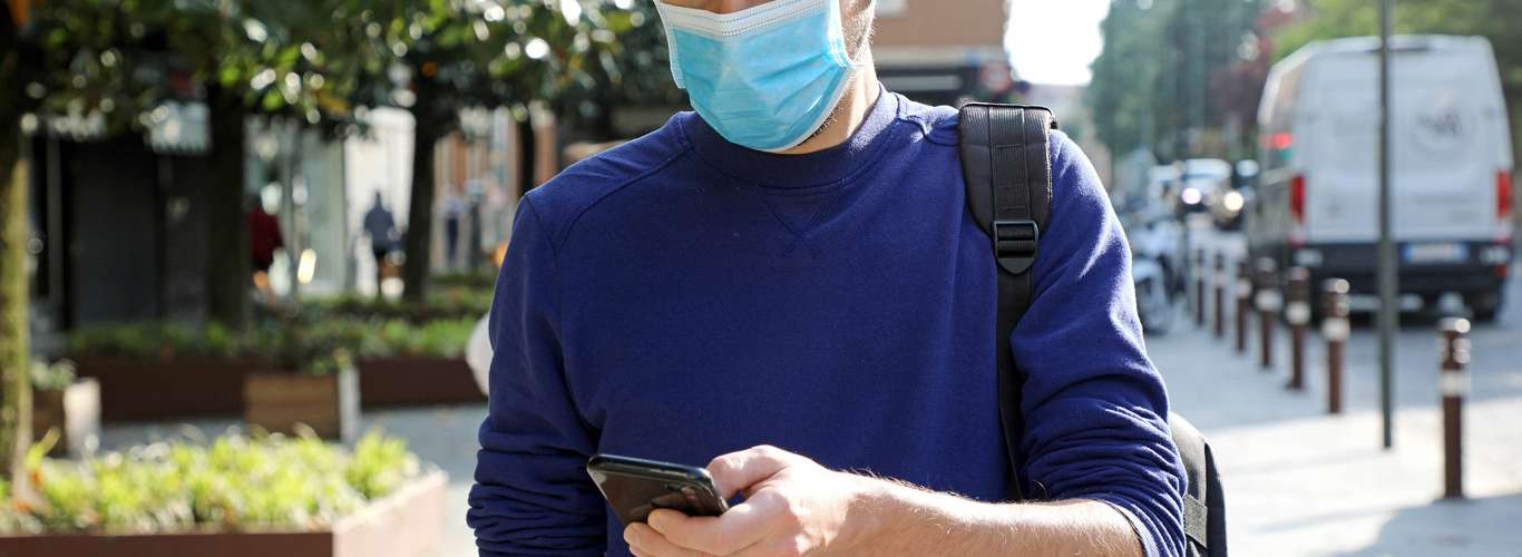 How to Navigate Travel Restrictions During the Pandemic