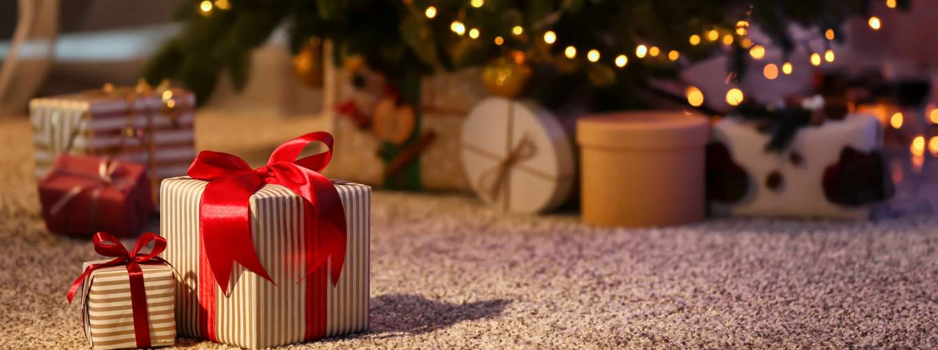 10 Perfect Christmas Gifts for Frequent Travellers