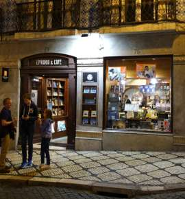 The World's Oldest Bookstore is Still Open, and Going Strong