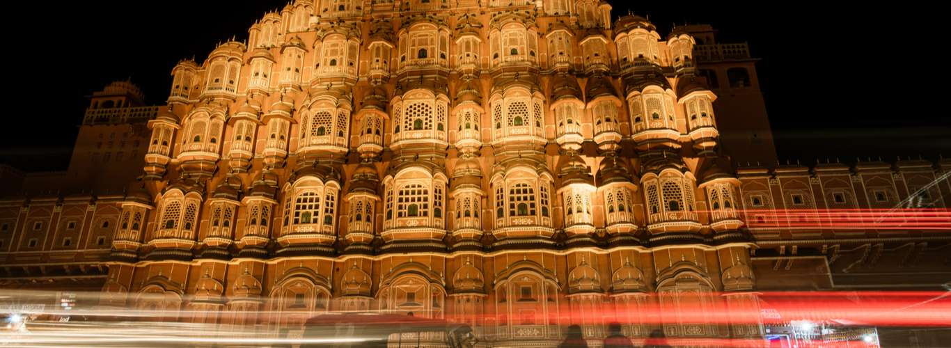 How to Spend 24 Hours In The Pink City