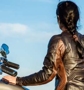 5 Female Bike Riders Smashing Stereotypes