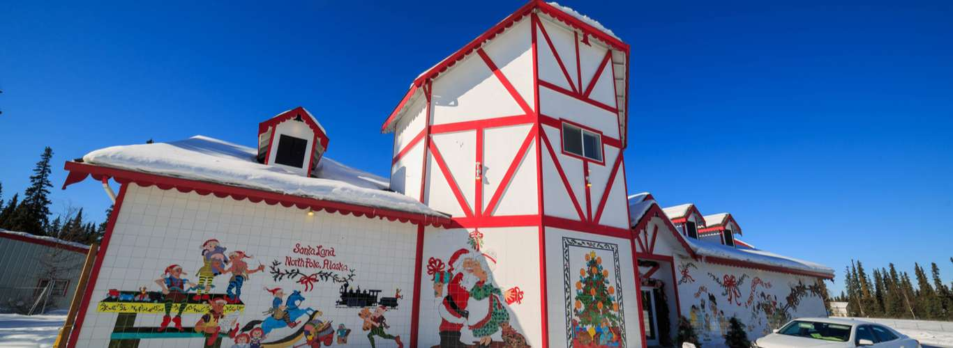 These 7 Places Celebrate Christmas Around the Year