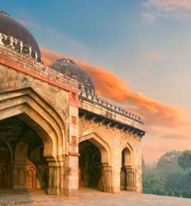 Discover Delhi On Foot This Winter!