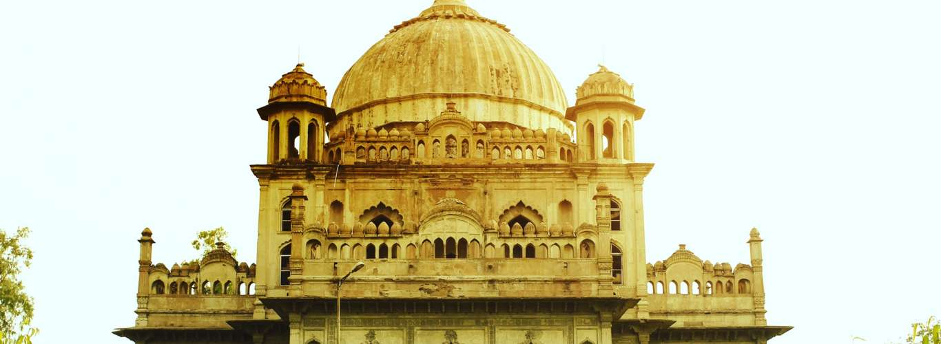 Did You Know About the Victoria Memorial in Lucknow?