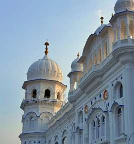 5 Architecturally Stunning Gurudwaras In Pakistan You Need To Know About